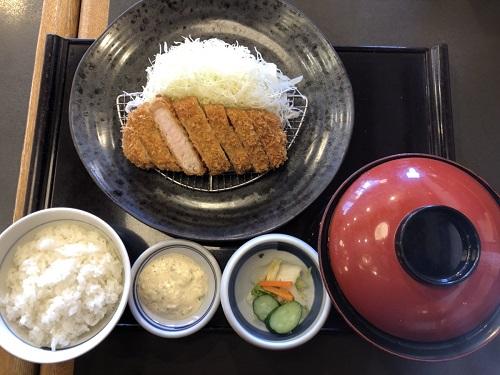 中ロース定食